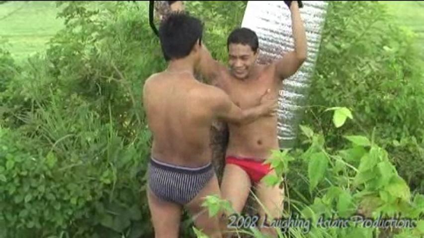 04 Outdoor Tickling   Paul